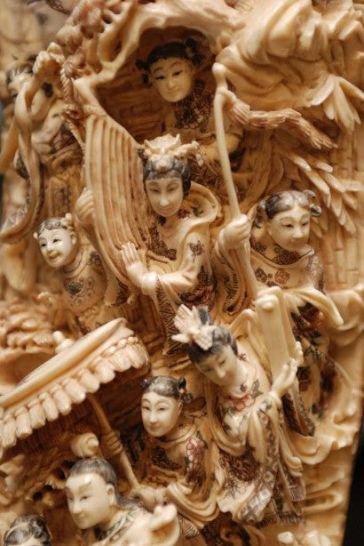 Chinese Qianlong antique carved mammoth tusk detail
