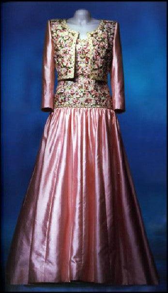 Catherine Walker dress in wild pink silk for Princess Diana's Indian trip