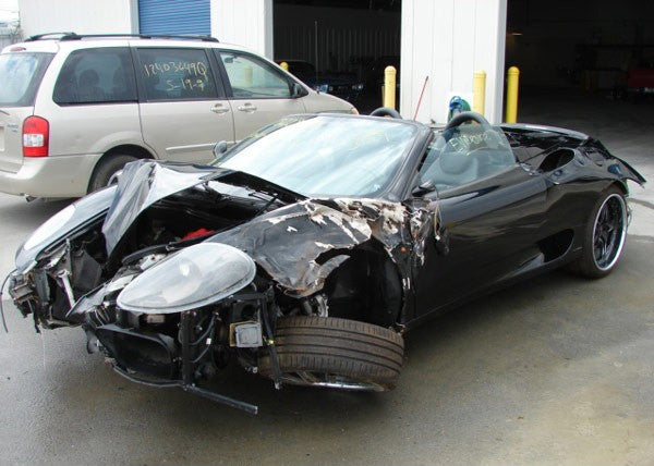Ferrari 360 Spyder damaged