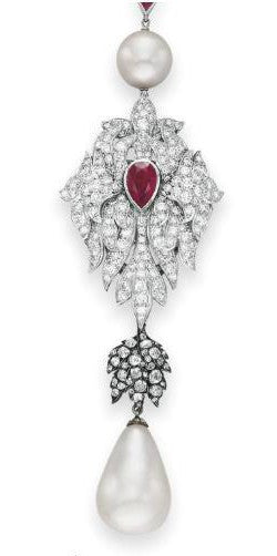 La Peregrina pearl from Elizabeth Taylor's collection in close-up