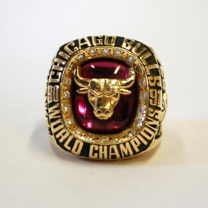 Michael Jordan Chicago bulls NBA Championship ring