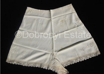 Queen Elizabeth knickers