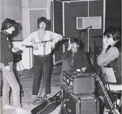 beatles-group-studio-vox-amplifier