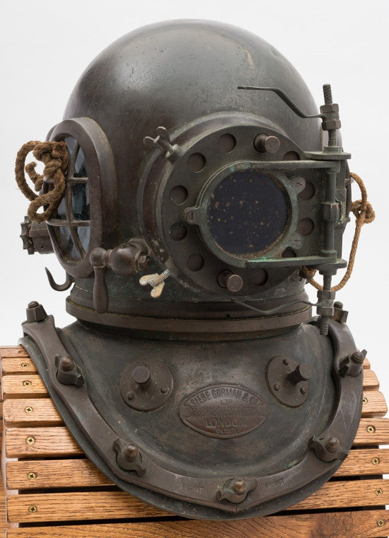 diving helmet bearne