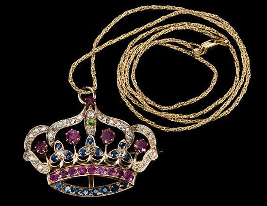 The Tsar gave this necklace to Bess Houdini in 1903