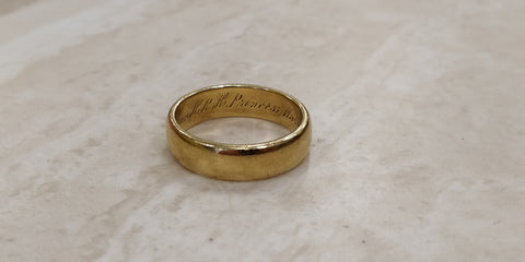 Queen Mary (Mary of Teck) gold ring