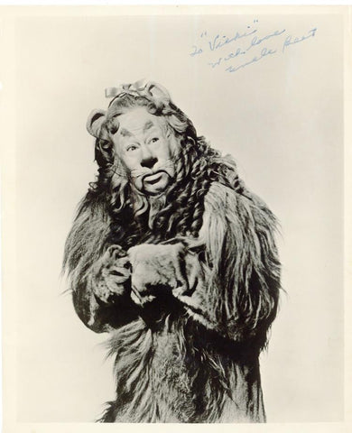 Bert Lahr signed photograph as the Cowardly Lion in The Wizard of Oz