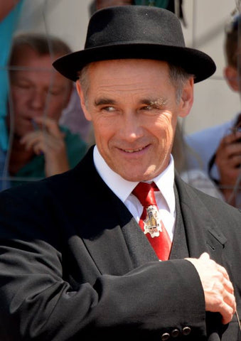 Mark Rylance Hair Strands