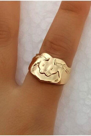 Saddle Brown Two Horse Head Adjustable Ring