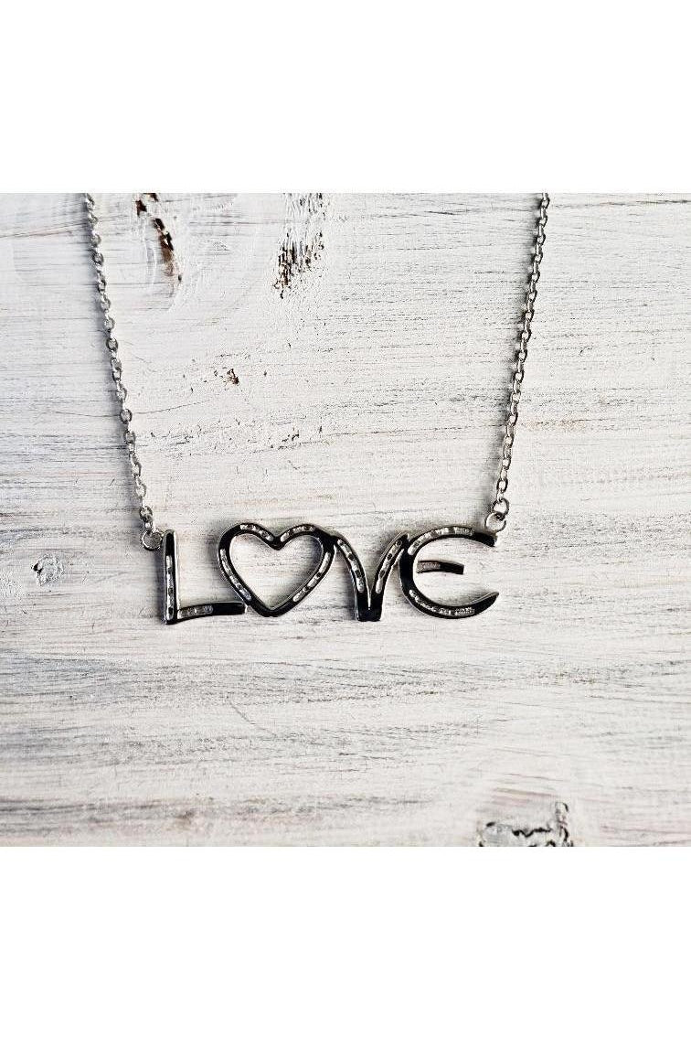 Lucky in love horseshoe necklace