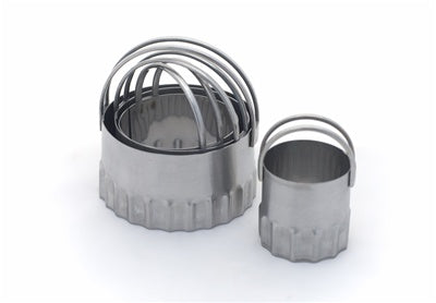 Biscuit Cutters, round-rippled