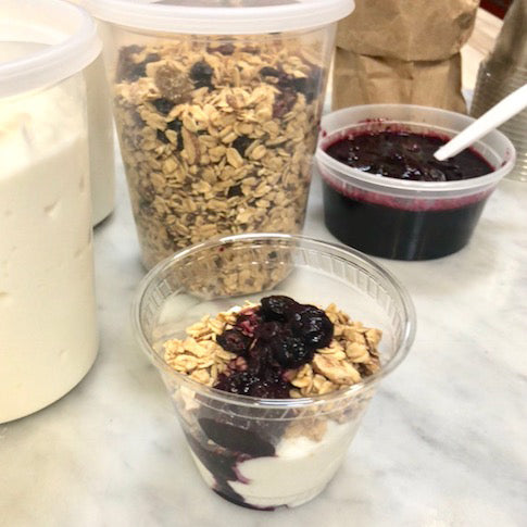 Yogurt & Granola