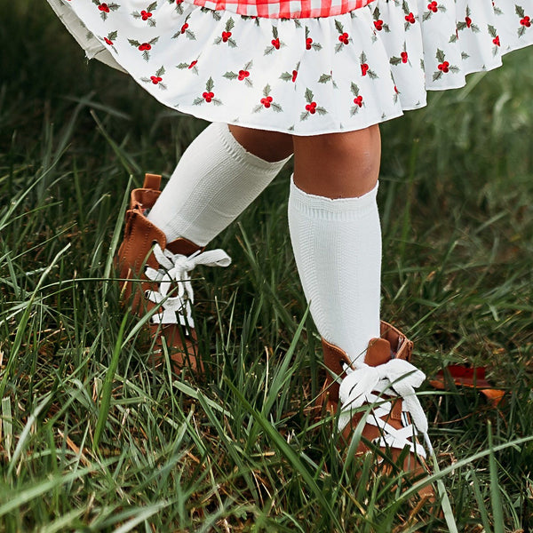 Cable Knee High Socks - White