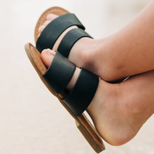 Load image into Gallery viewer, Nora Sandals - Black