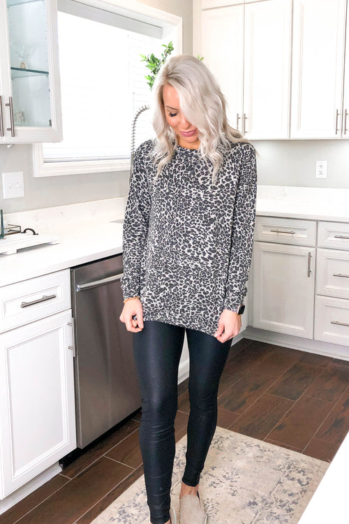 Cheetah Print Long Sleeve Pullover - Kendry Collection Boutique