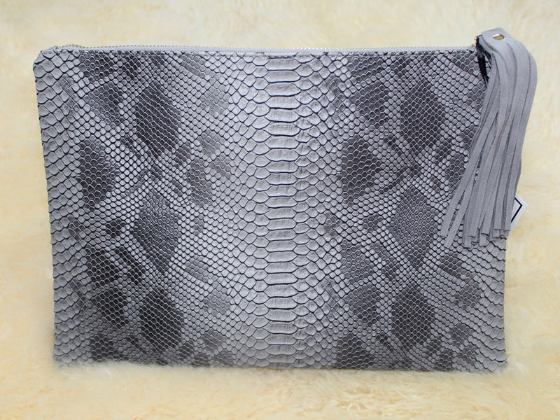 Embossed Snake Skin Clutch, Gray Alligator Clutch Purse, Snake Print Purse With Tassel, Alligator Embossed Bag With Tassel In Gray, Gray Oversized Clutch | Shop Online Now At Kendry Collection Boutique