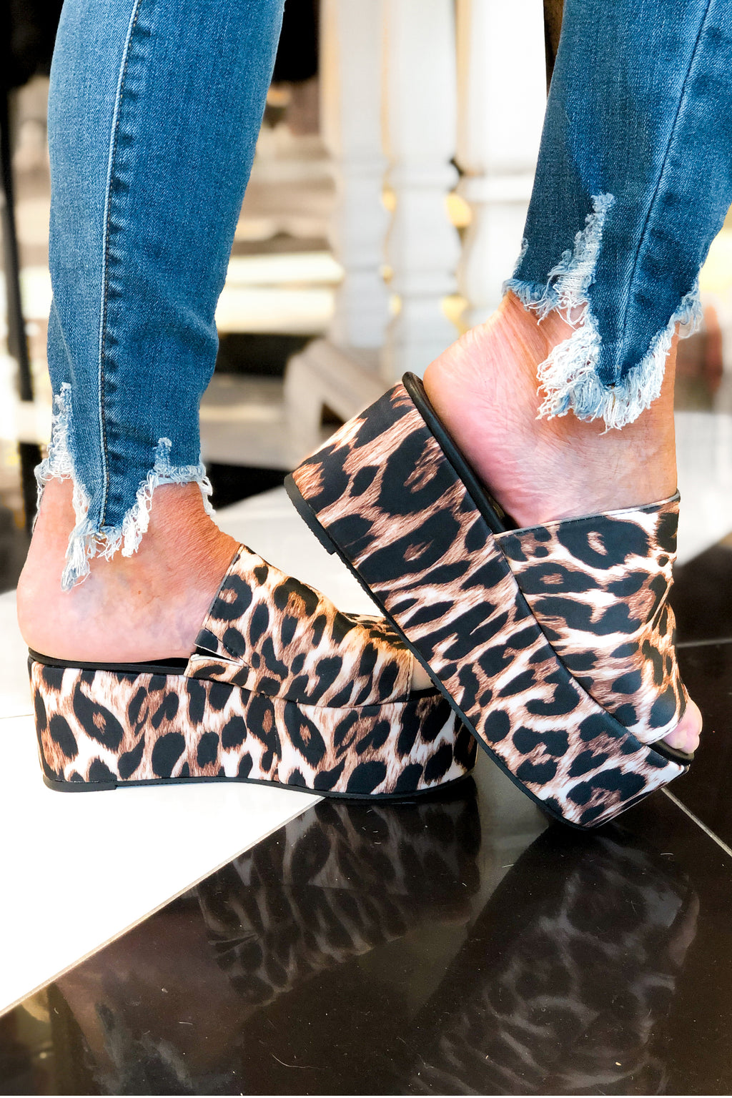 Leopard Platform Slide Sandals - Kendry Collection Boutique