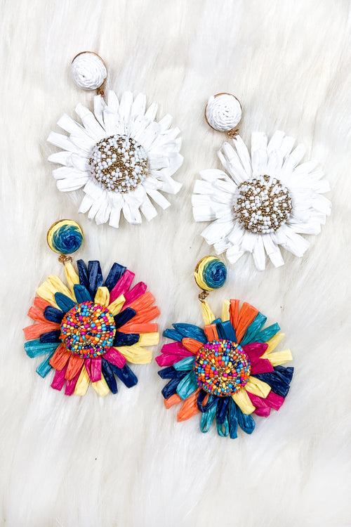 Raffia Daisy Dangle Earrings - Kendry Collection Boutique
