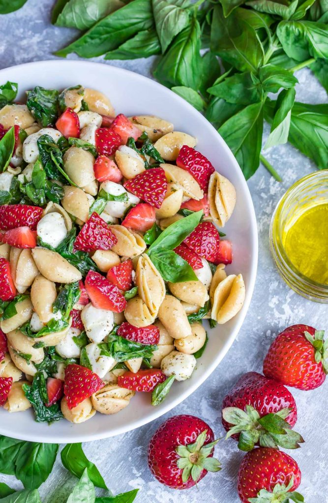 Strawberry Spinach Caprese Pasta Salad