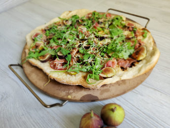 Fig & Arugula Pizza