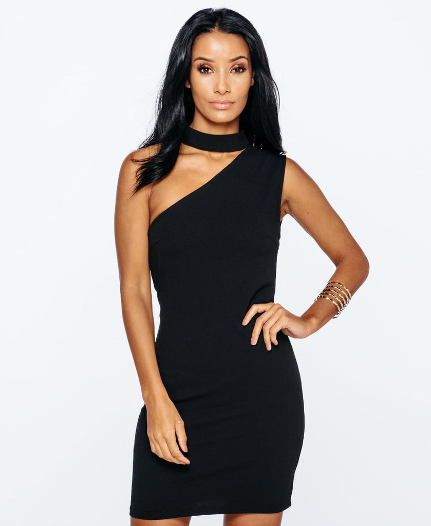 Bella London Ivy Black sleeveless one shoulder dress with choker collar and bodycon fit. Close up front photo.