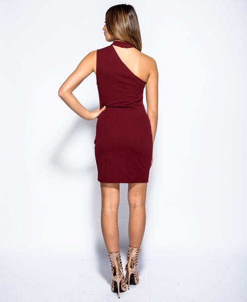 Bella London Wine sleeveless one shoulder dress with choker collar and bodycon fit. Full length back photo.