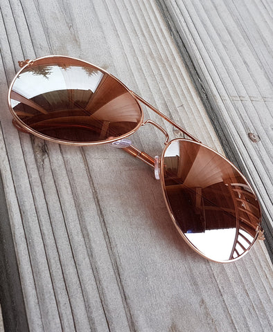 Bella London Aviator Style sunglasses in rose gold colour lightweight metal frame