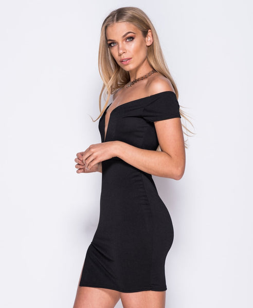 Bella London 'Samia' Black Bardot Off The Shoulders V Neck Dress With Thigh Split. Side View