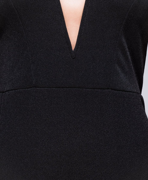 Bella London 'Samia' Black Bardot Off The Shoulders V Neck Dress With Thigh Split. Detail Fabric View