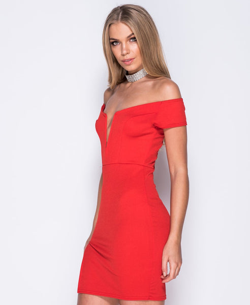 Bella London 'Samia' Red Bardot Off The Shoulders V Neck Dress With Thight Split. Side View