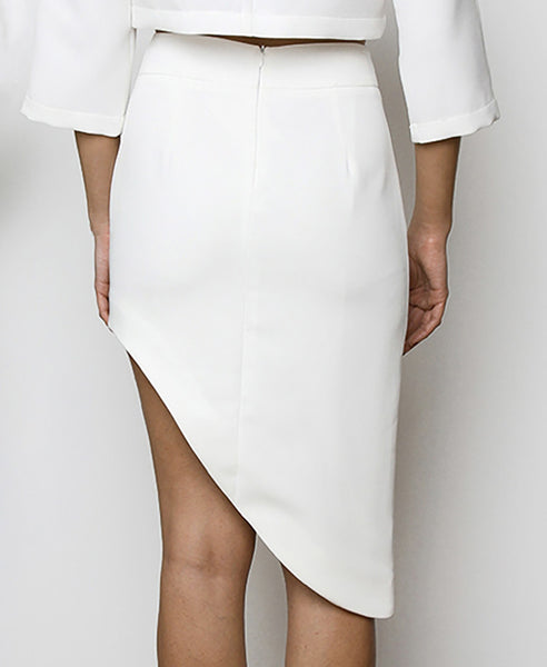 Bella London Najac White Asymmetric Skirt With Waistband And Side Slit. Back View.