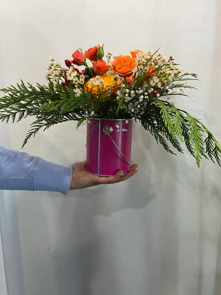 Custom Tin Container Arrangements