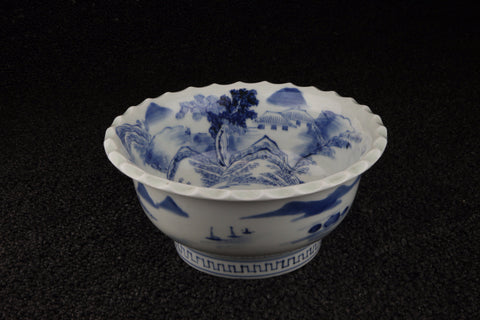 ANTIQUE IMARI BLUE AND WHITE PORCELAIN LANDSCAPE PATTERN DISH | TLS Living
