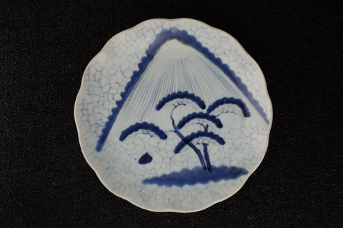 Imari vintage porcelain plate in blue and white with Fuji pattern