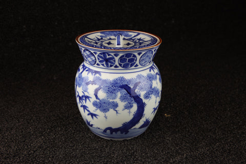 BLUE AND WHITE PORCELAIN PITCHER - TLS Living
