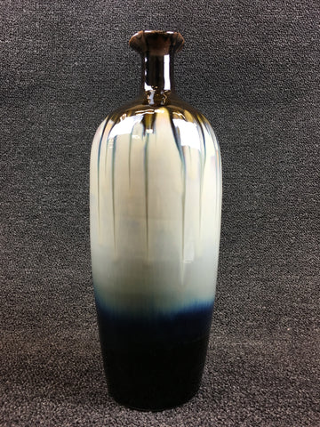 VARIABLE GLAZED VASE