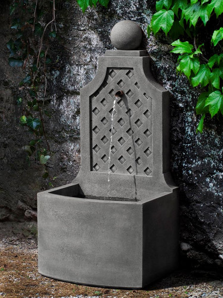 Trelliage Wall Outdoor Fountain
