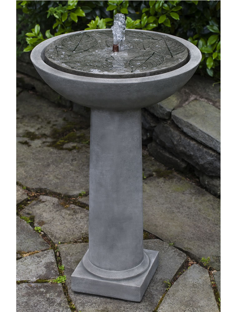 Hydrangea Leaves Birdbath Fountain - Soothing Walls
