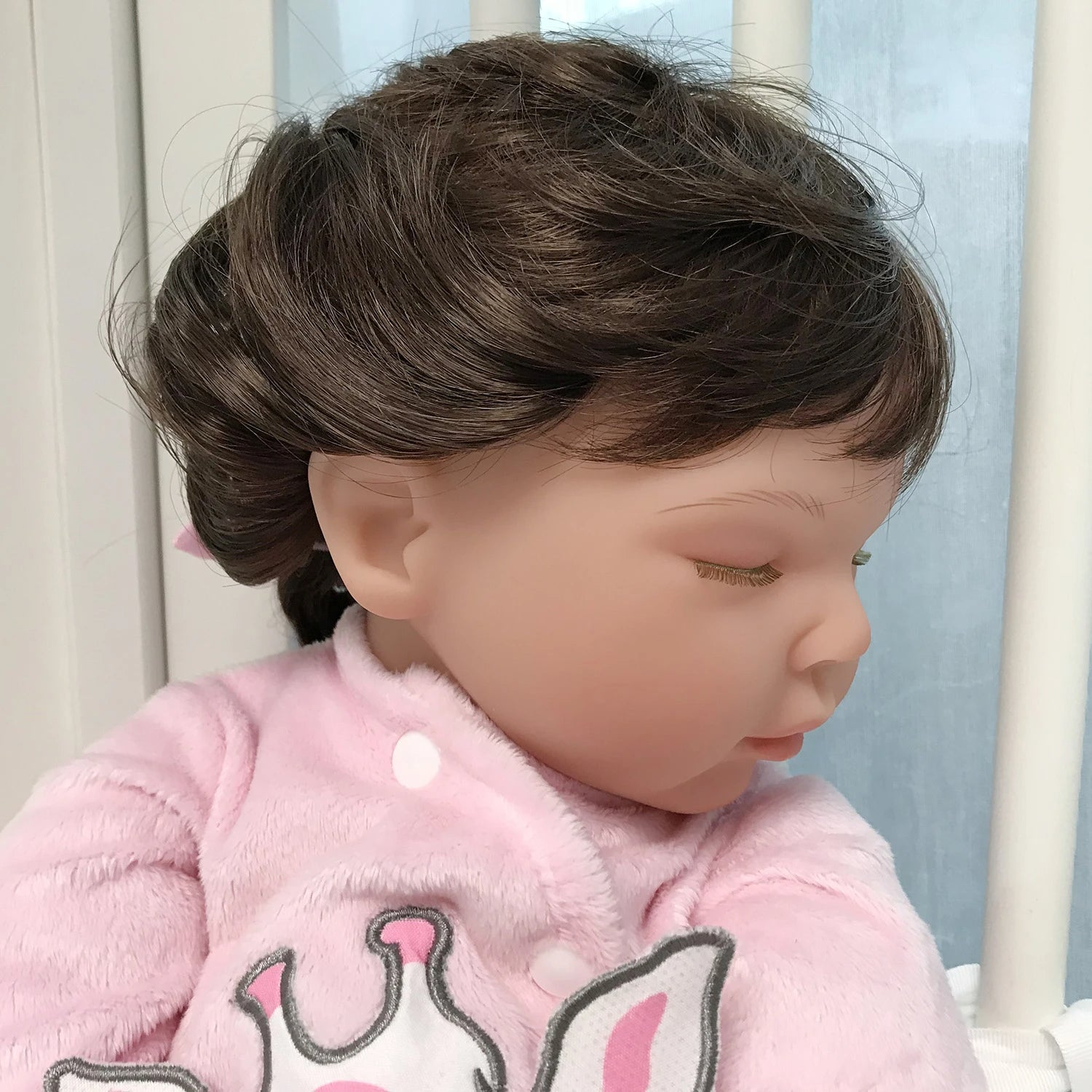 Try out new hairstyles with your dolls, or hats and hair accessories on your reborn dolls