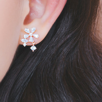 AVRIL Earring (silver post, flower motif) - Wingbling Global