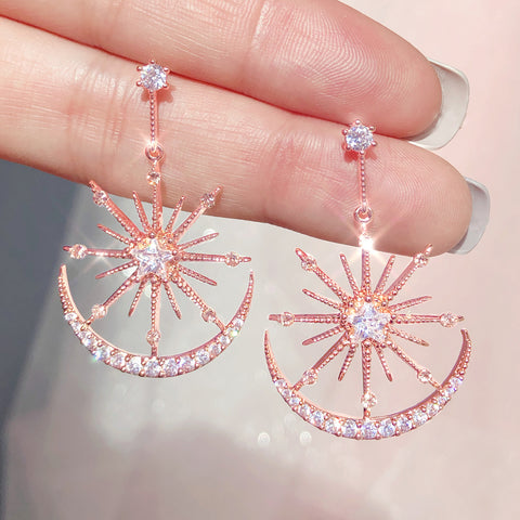 LUMIERE Earring (silver post, moon and sun motif) - Wingbling Global
