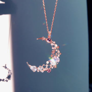 LUNA EFFECT Necklace (crescent) - Wingbling Global