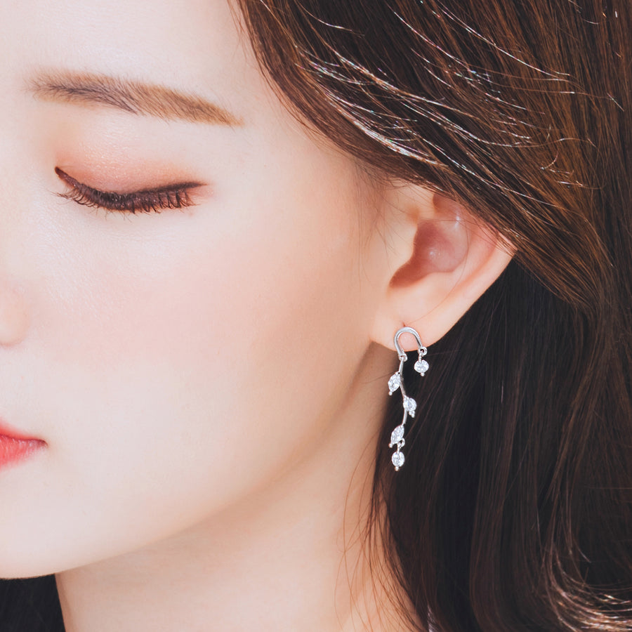 MARIE BLANC Earring (silver post) - Wingbling Global