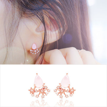 SNOW FAIRY Earrings (rose quartz) - Wingbling Global