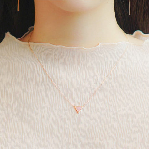 ARCHE Necklace (rose quartz) - Wingbling Global