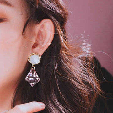 BLANC Earring (clip-on option available, worn by Twice) - Wingbling Global