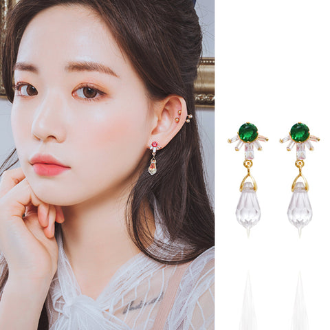 TO YOU Earring (clip-on available, swarovski) - Wingbling Global
