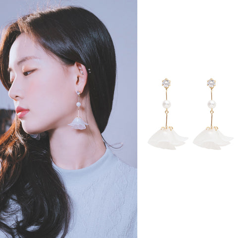 MATTE FLOWER 2 Earring (clip-on available) - Wingbling Global