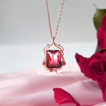 ROSE VALLEY Necklace