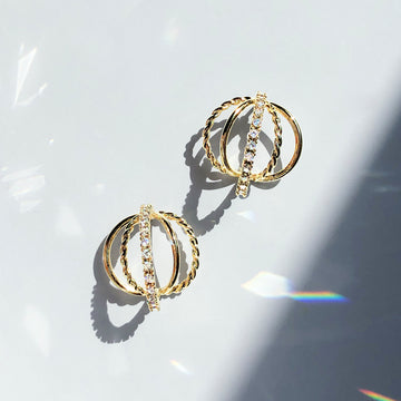 GOLD LADY Earring (silver post) - Wingbling Global